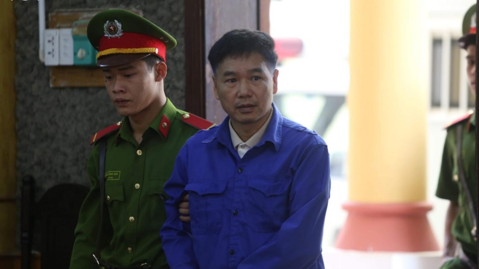 Nhiều luật sư vắng mặt, hoãn phiên tòa phúc thẩm vụ gian lận thi cử tại Sơn La