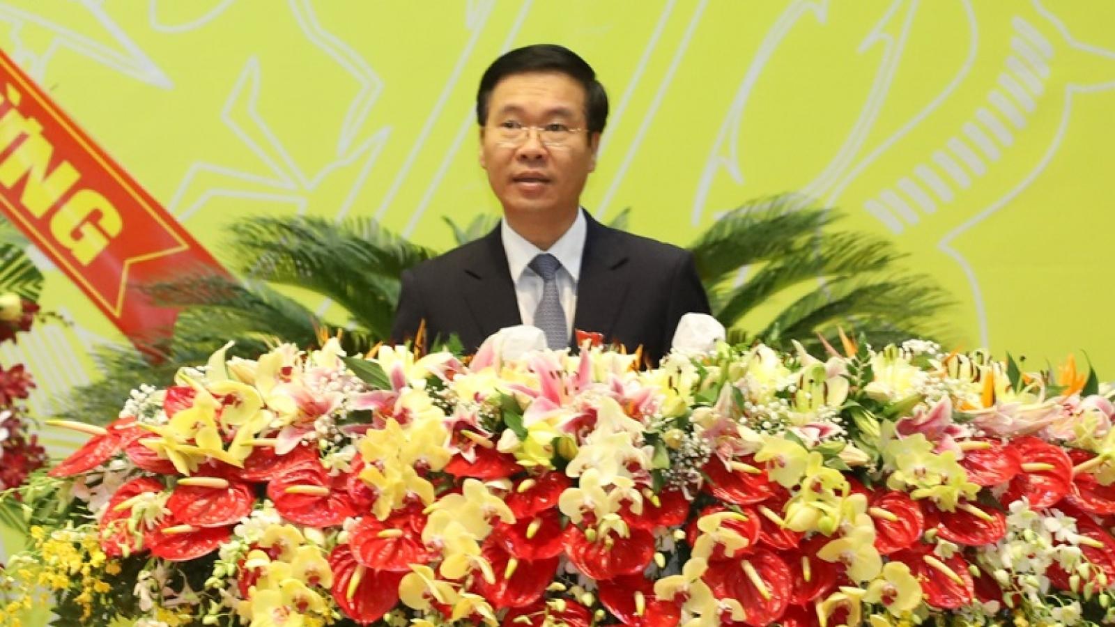Ông Võ Văn Thưởng dự và chỉ đạo Đại hội đảng bộ tỉnh Bình Dương