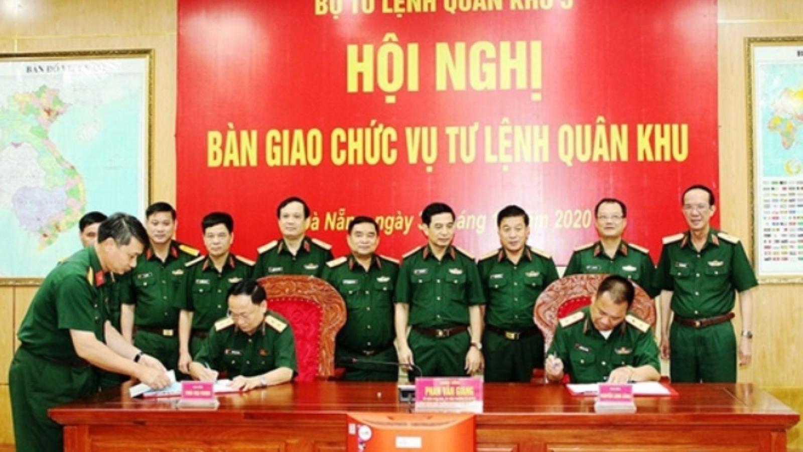 Trung tướng Thái Đại Ngọc tiếp nhận chức vụ Tư lệnh Quân khu 5
