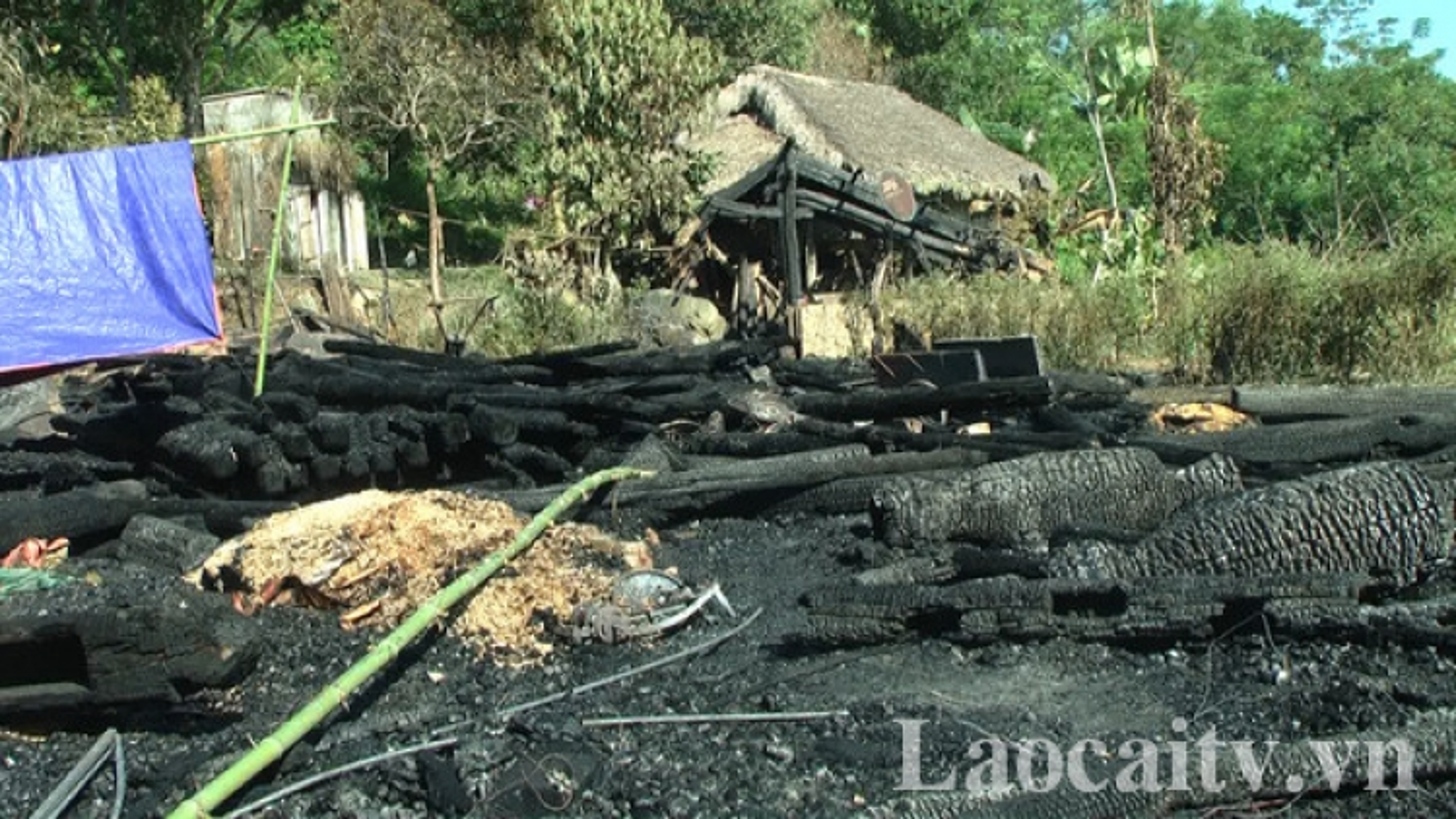 Cháy nhà trong đêm ở Lào Cai , 1 cụ già tử vong