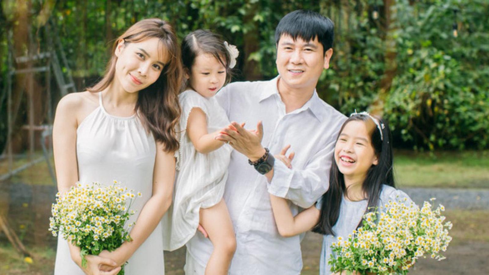 Nghiên cứu khoa học chỉ ra rằng: Nhà có 2 cô con gái gia đình dễ thành công hơn