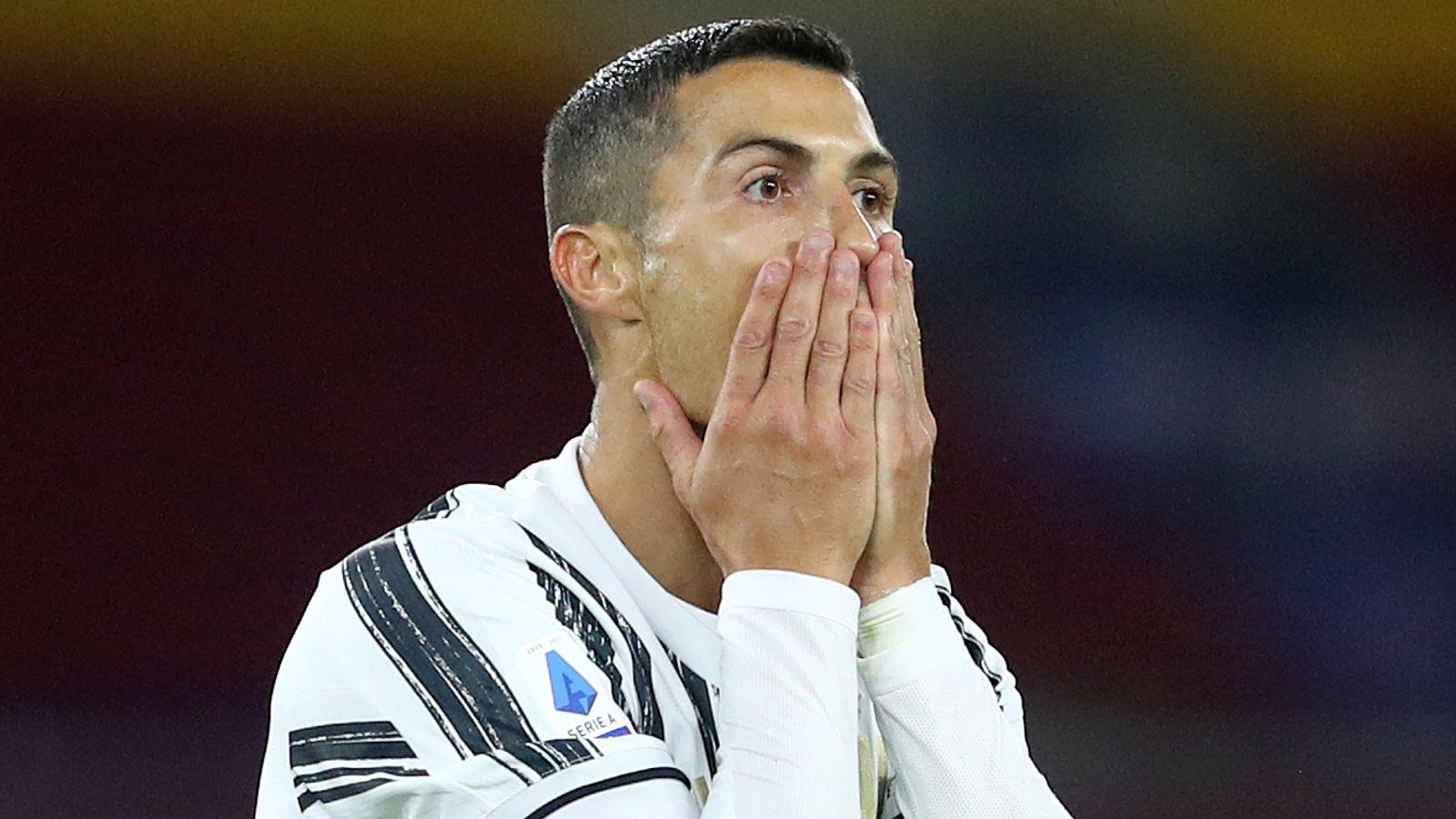 Chưa khỏi Covid-19, Cristiano Ronaldo bỏ lỡ trận Juventus - Barca