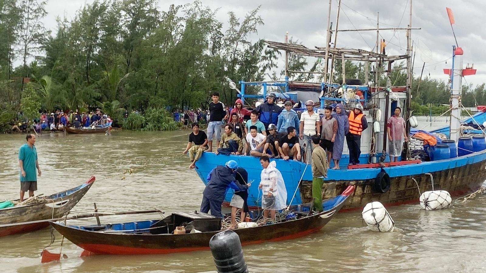 Đã tìm thấy thi thểngư dân bị chìm ghe ở sông Trường Giang