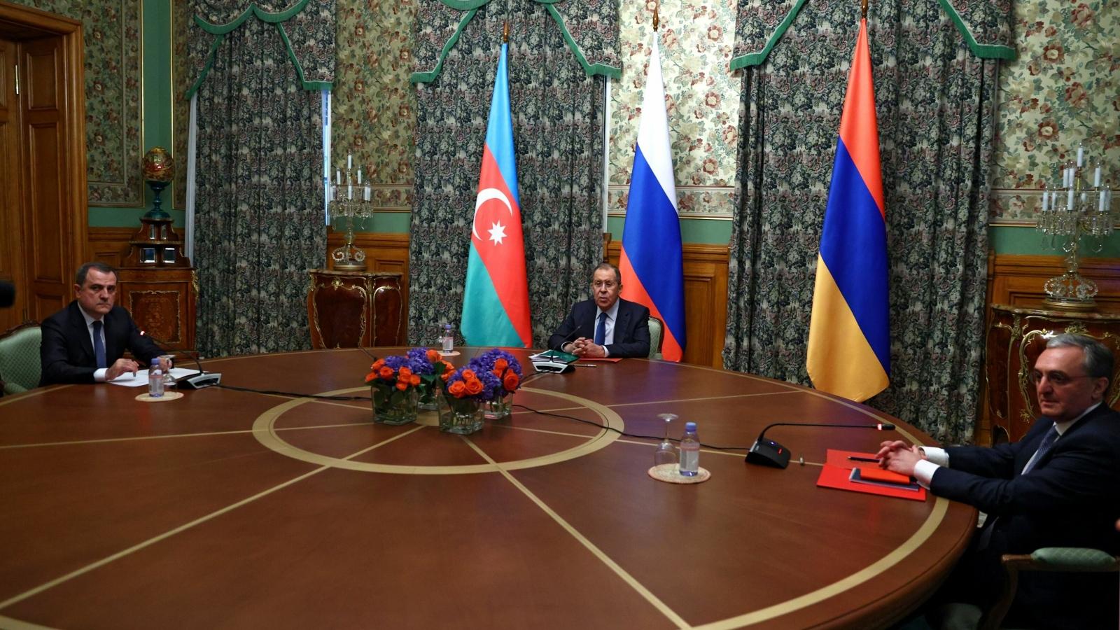 Azerbaijan và Armenia nhất trí ngừng bắn ở Nagorno-Karabakh