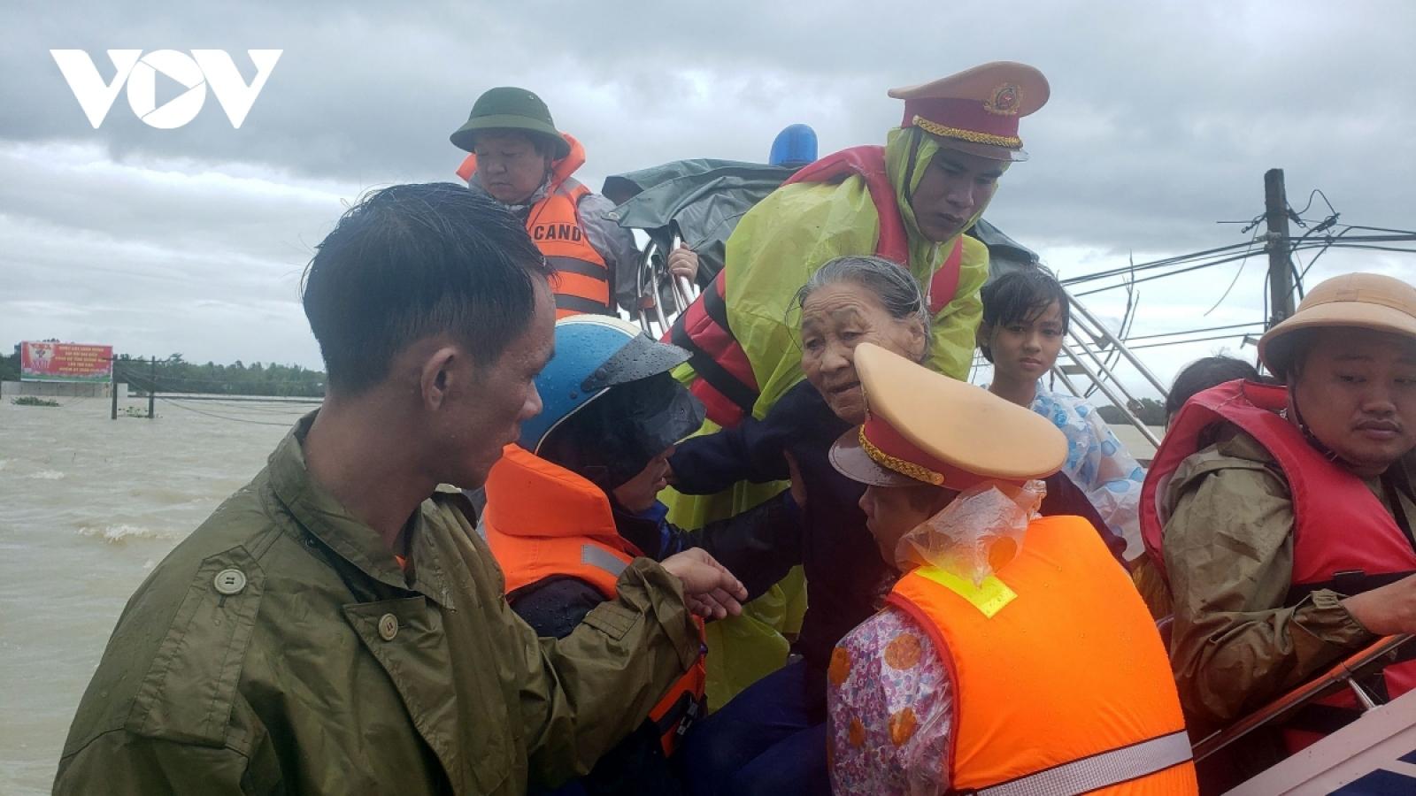 10 người chết và mất tích do mưa lũ tại Quảng Nam