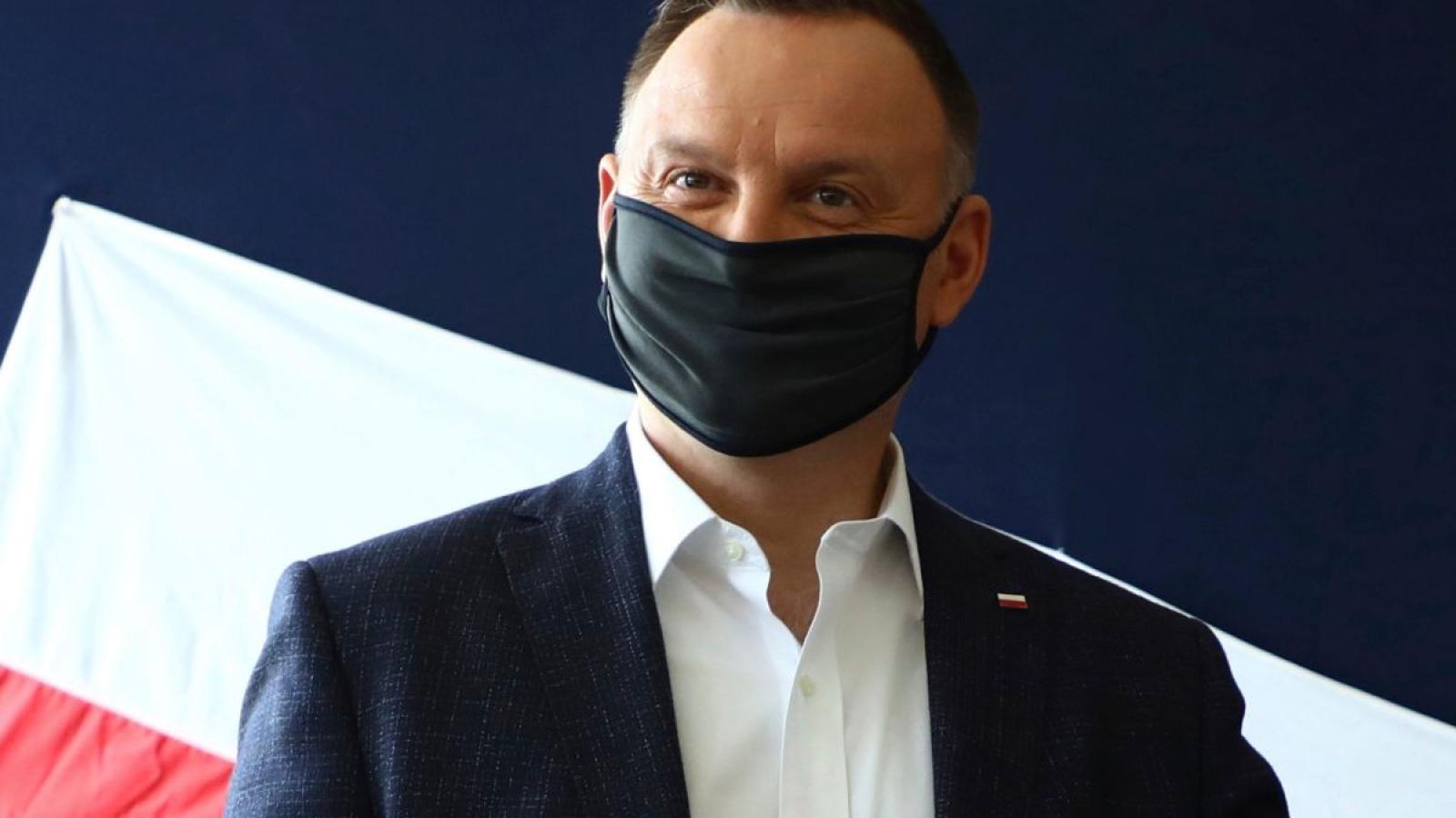 Dịch Covid-19 lập đỉnh mới tại Ba Lan, Tổng thốngdương tính với SARS-CoV-2