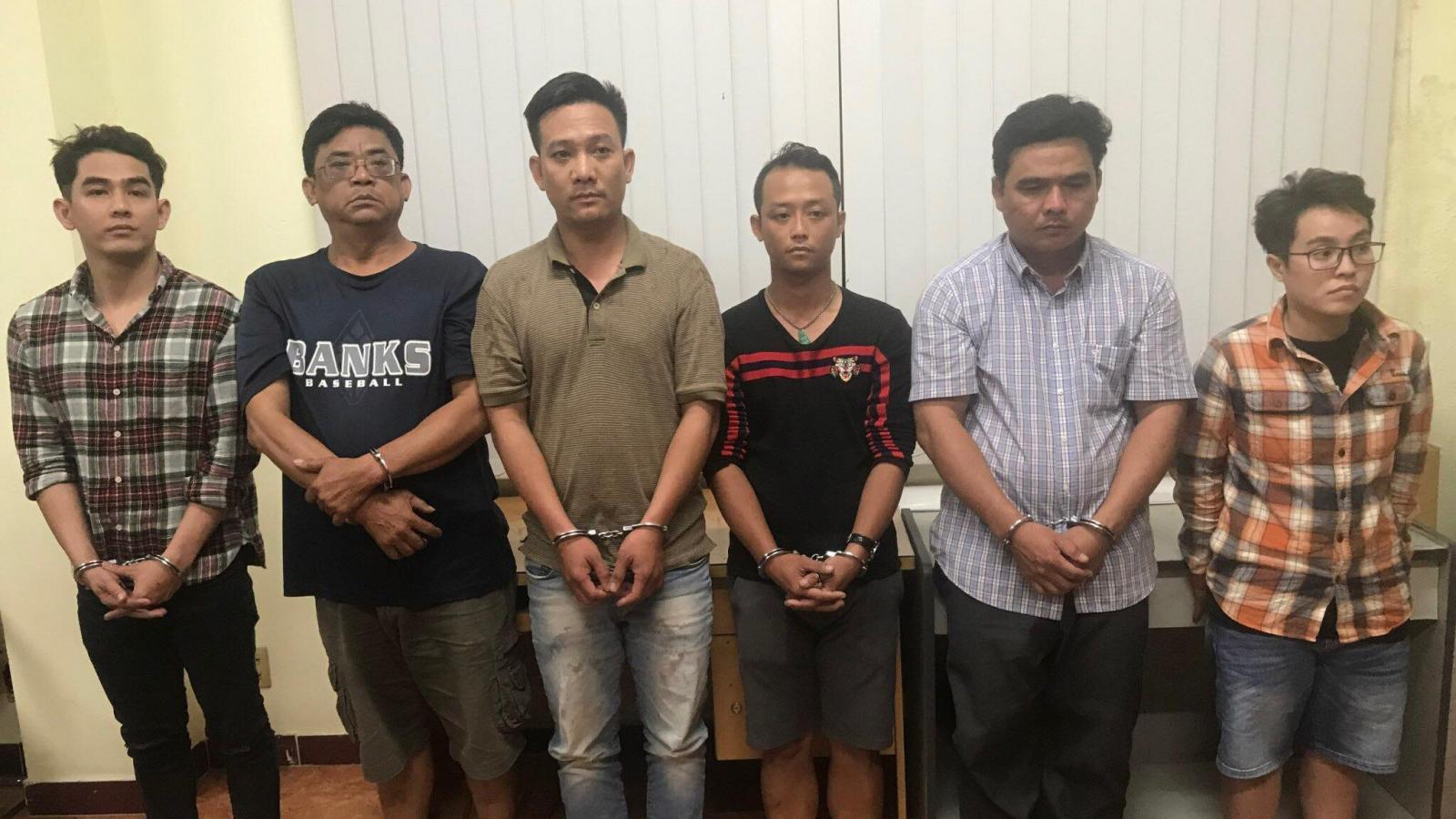 Triệt phá đường dây lừa thuê xe để bán sang Campuchia