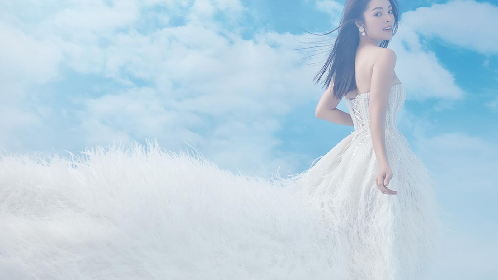 Dương Cẩm Lynh ngọt ngào, gợi cảm trong bộ hình đón tuổi 39