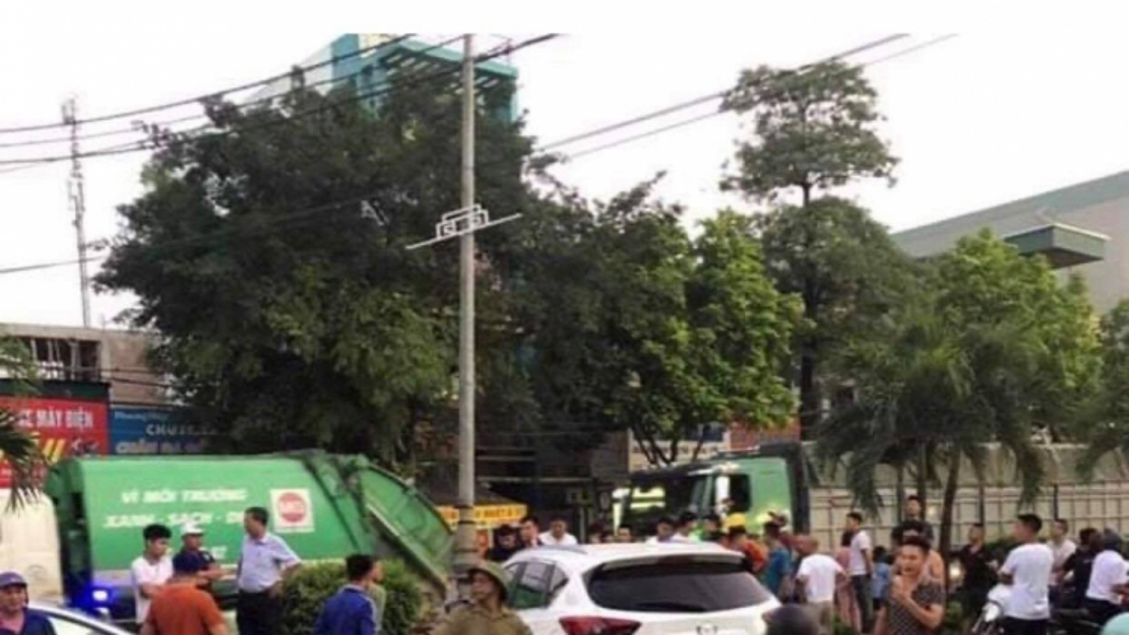 """Tạm giữ """"ma men"""" gây tai nạn liên hoàn khiến 1 người tử vong ở Sơn Tây"""