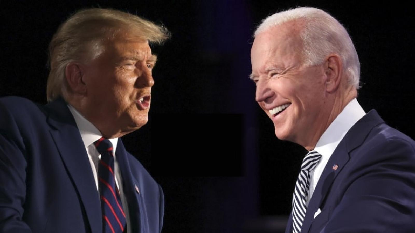 Bầu cử Mỹ: Biden bỏ xa Trump tới 50 điểm trong khảo sát với sinh viên đại học