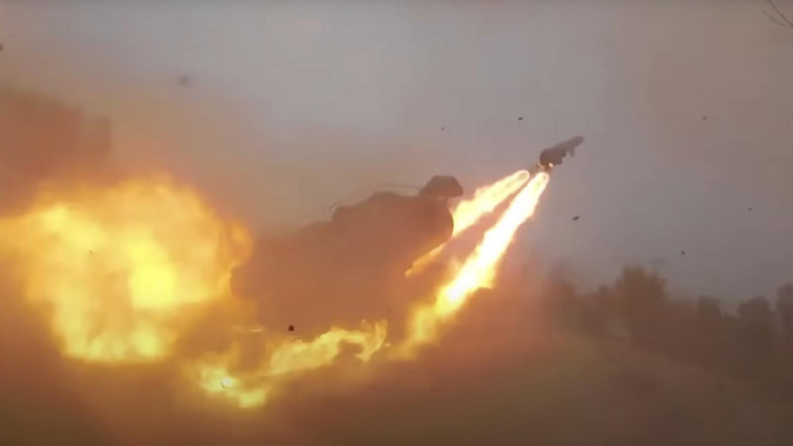 """Cận cảnh """"sát thủ"""" diệt hạm của Nga khai hỏa ở Biển Đen"""