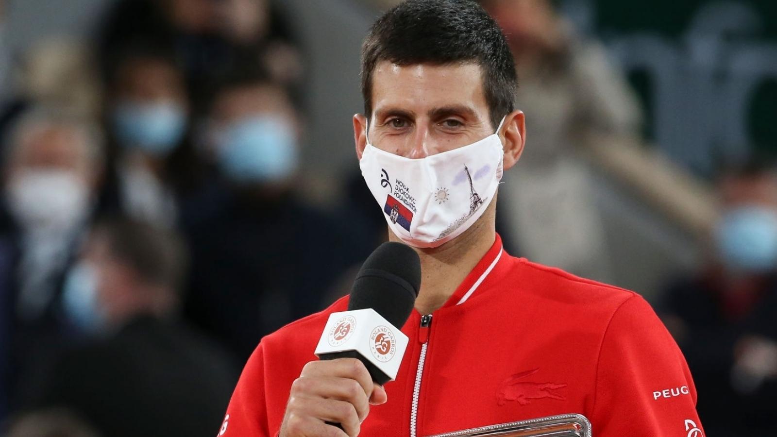 Djokovic: Nadal là Vua sân đất nện, xứng đáng với chức vô địch