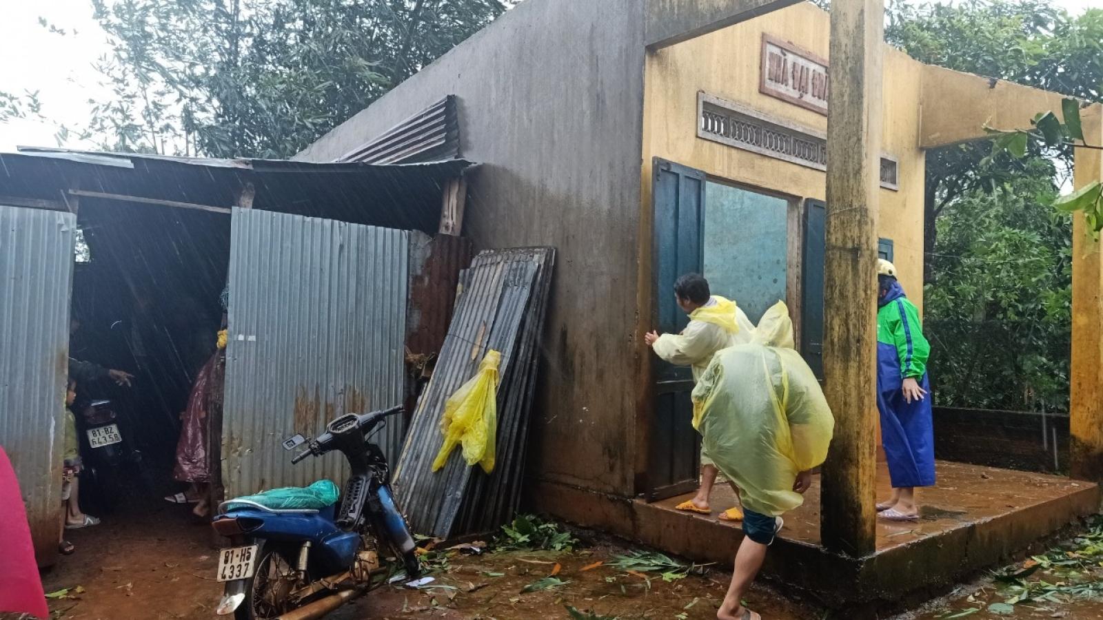 Bão số 9 ở Gia Lai làm 1 người chết, nhiều nơi bị chia cắt
