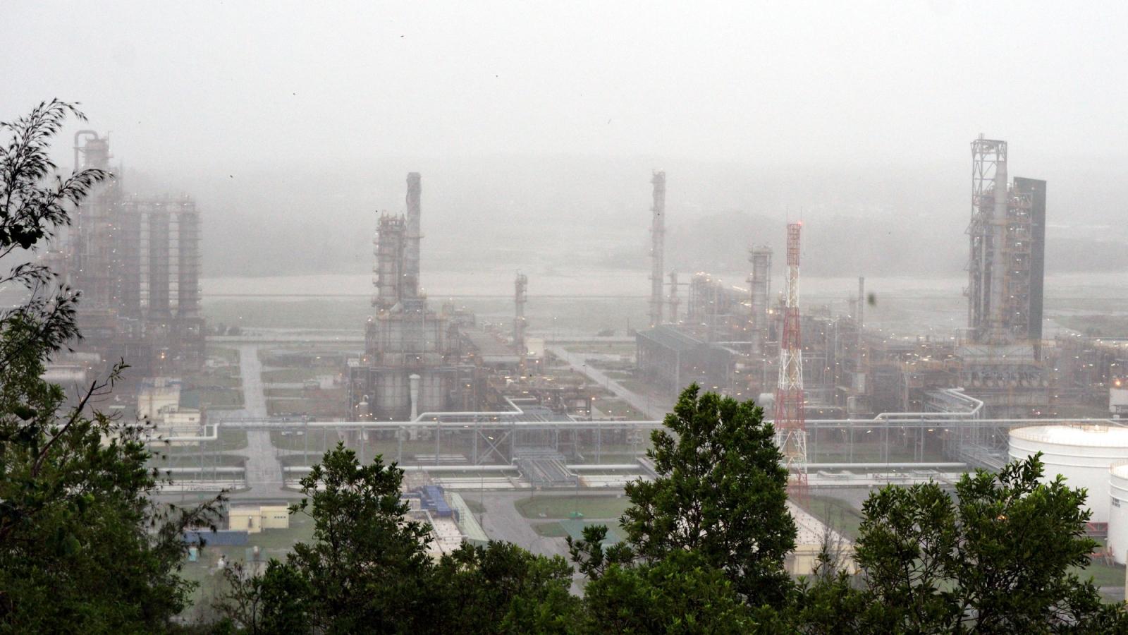 Petrovietnam sẵn sàng sản xuất trở lại ngay sau bão số 9