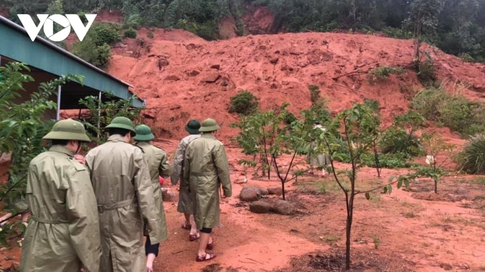 Đảm bảo an toàn tính mạng người dân vùng lũtại Hà Tĩnh