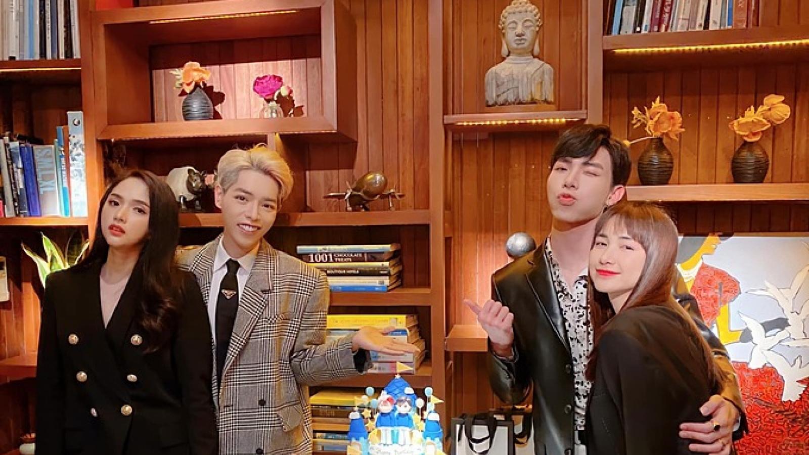 Chuyện showbiz: Hương Giang cùng Hòa Minzy mừng sinh nhật Đức Phúc, Erik
