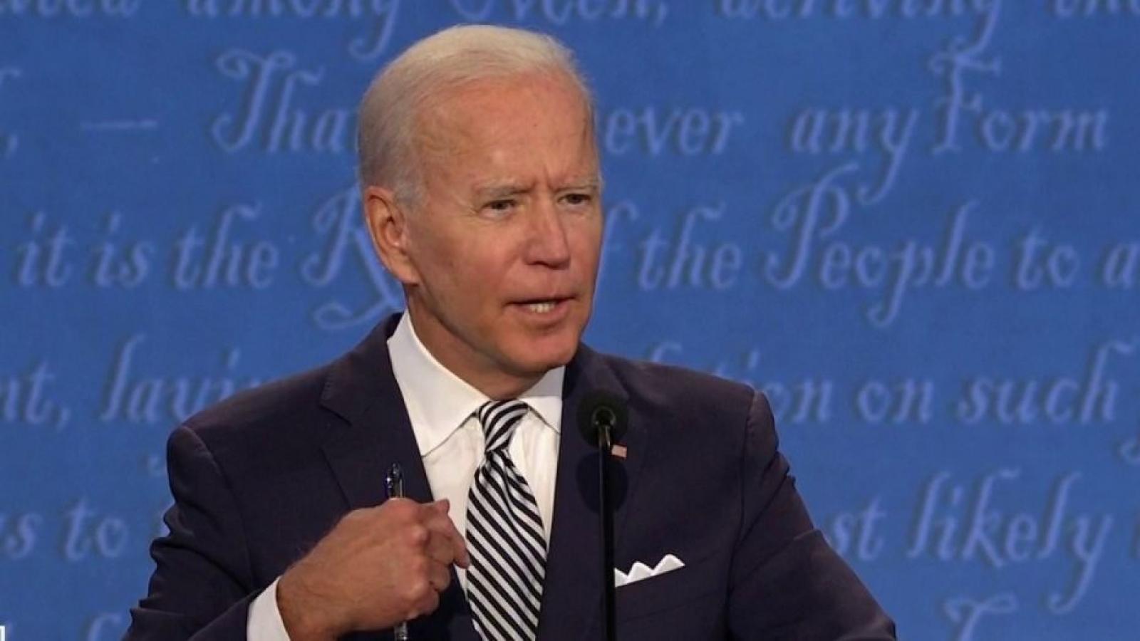 Ông Biden tuyên bố không tranh luận nếu Tổng thống Trump vẫn mắc Covid-19