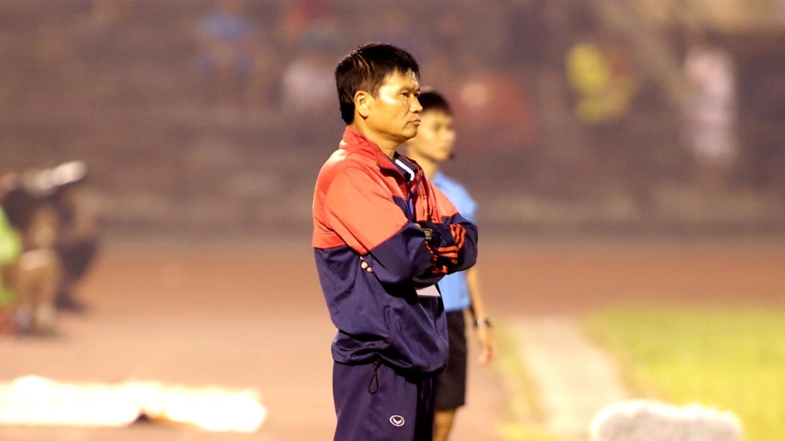 """Đội nữ Hà Nam quyết tâm """"đứng dậy"""" sau sự cố phản ứng trọng tài"""