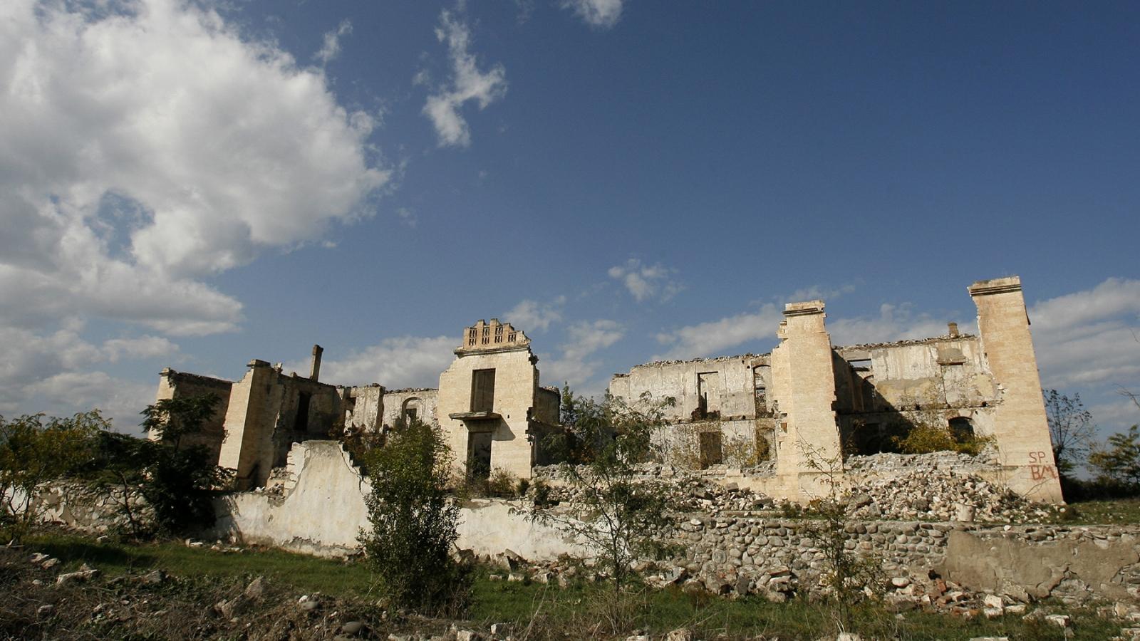 Armenia và Azerbaijan đồng ý giảm xung đột tại Nagorno-Karabakh