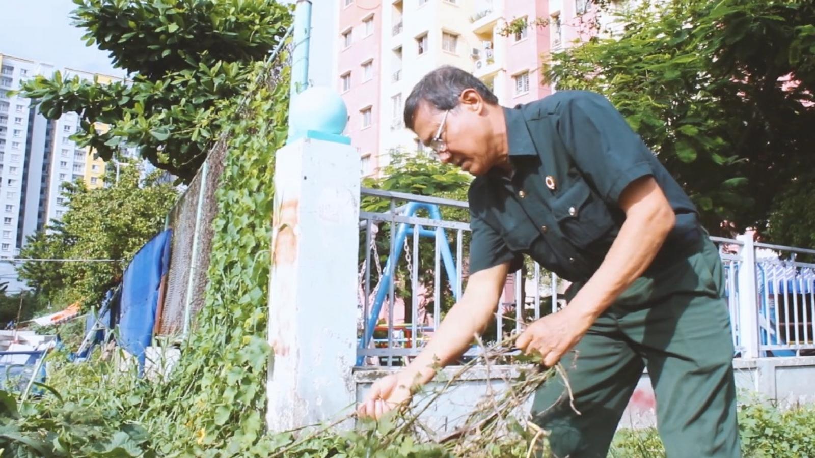 Người cựu chiến binh lan tỏa phong trào làm sạch phố phường ở TP.HCM