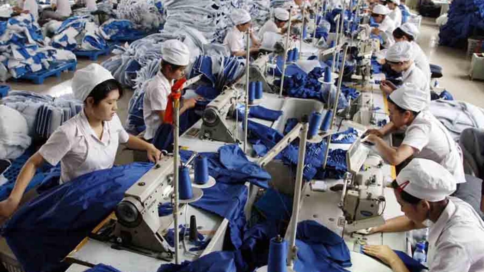 Công nhân khó tiếp cận gói hỗ trợ 62.000 tỷ đồng