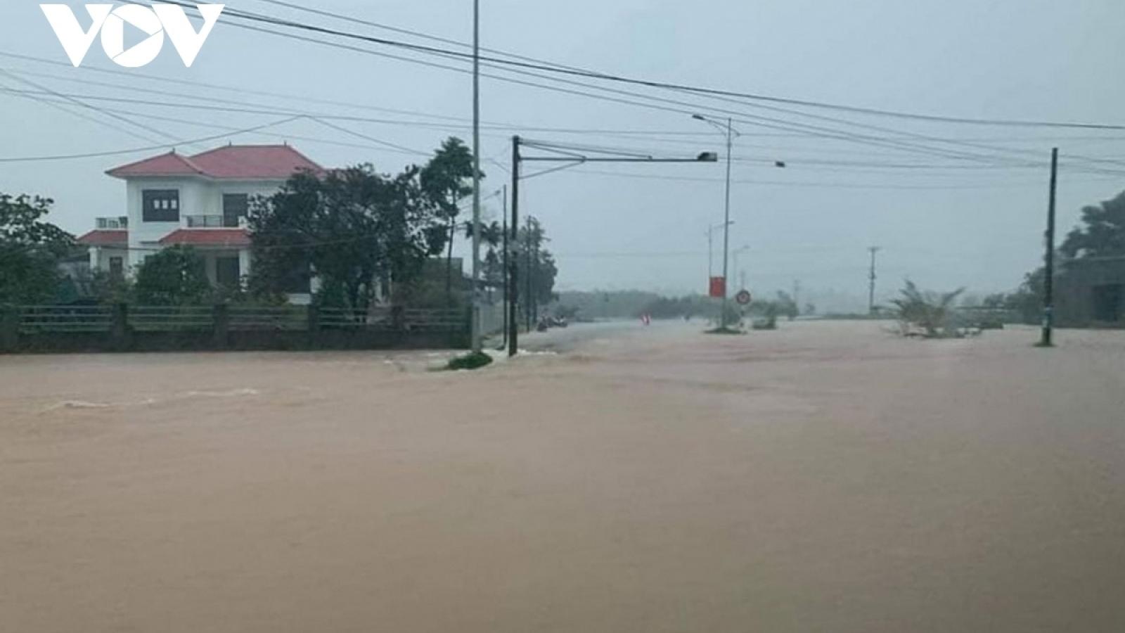 Vẫn còn gần 260 xã/phường tại các tỉnh từ Hà Tĩnh đến Quảng Nam phải cắt điện