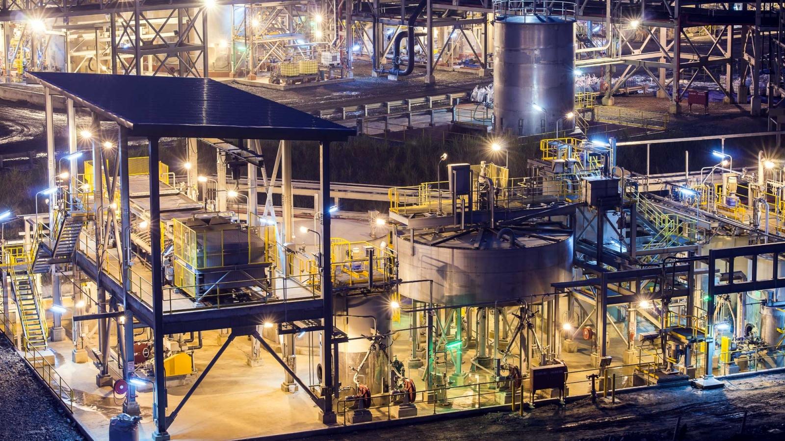Masan High-Tech Materials ký cam kết phát triển vật liệu vonfram