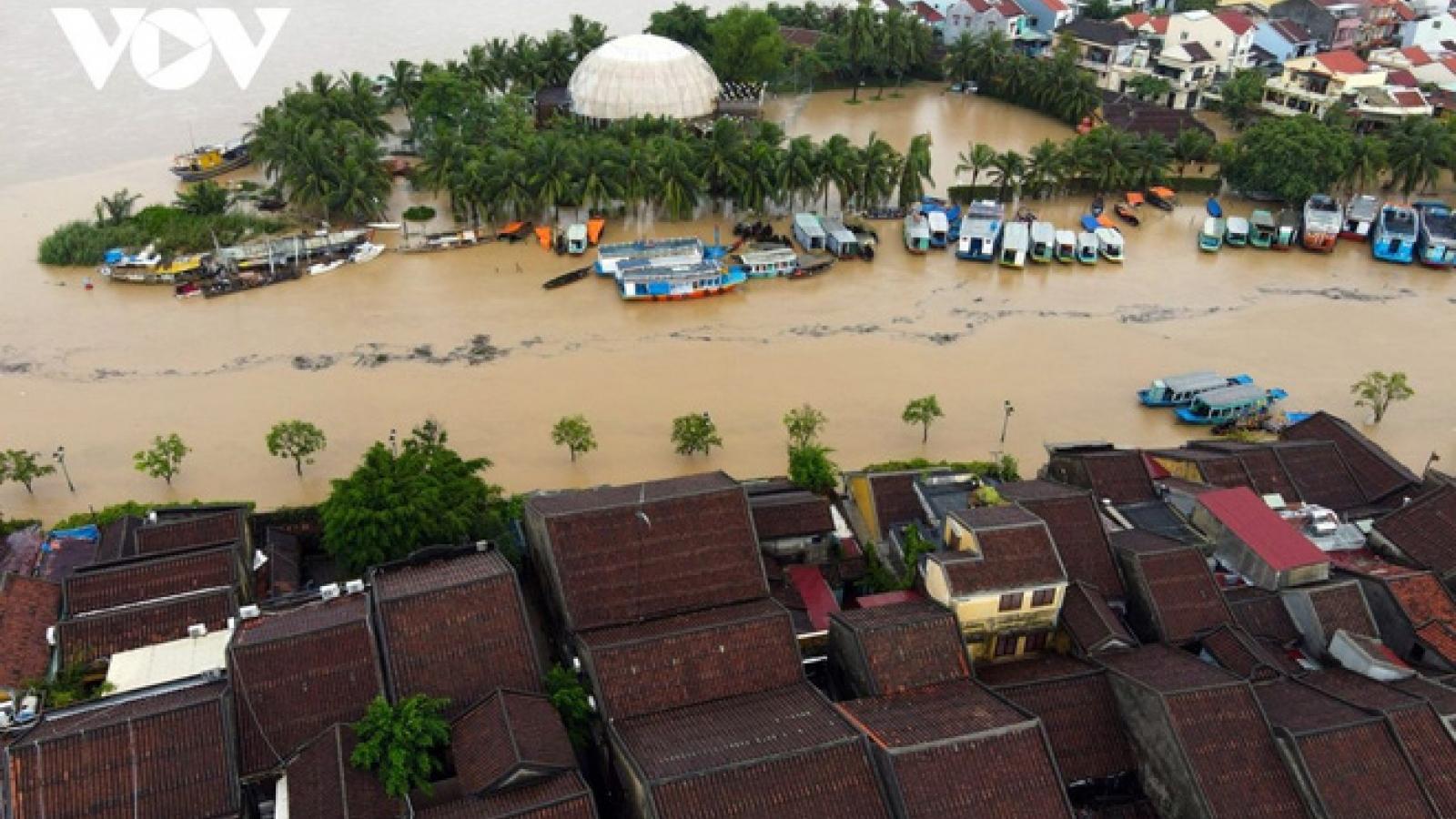 Các Bộ trưởng Ngoại giao ASEAN ra Tuyên bố về tình hình lũ lụt và sạt lở đất