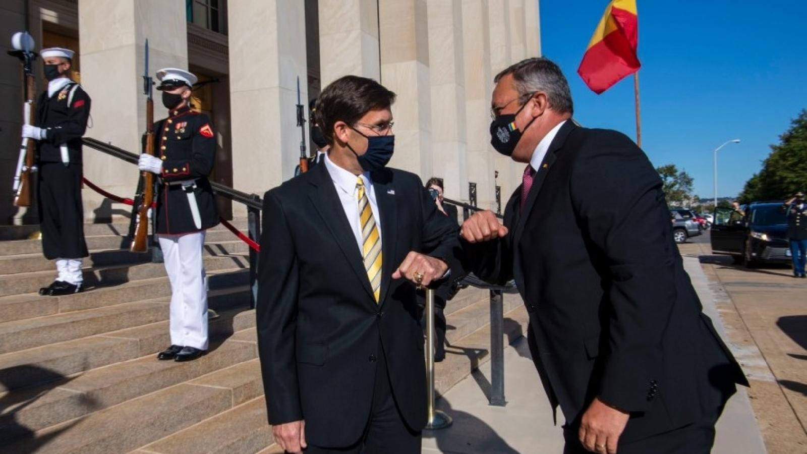 Mỹ - Romania ký thỏa thuận hợp tác quốc phòng
