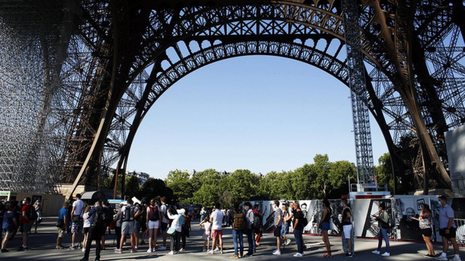 Pháp: Kỷ lục hơn 20.000 ca nhiễm SARS-CoV-2 trong 1 ngày