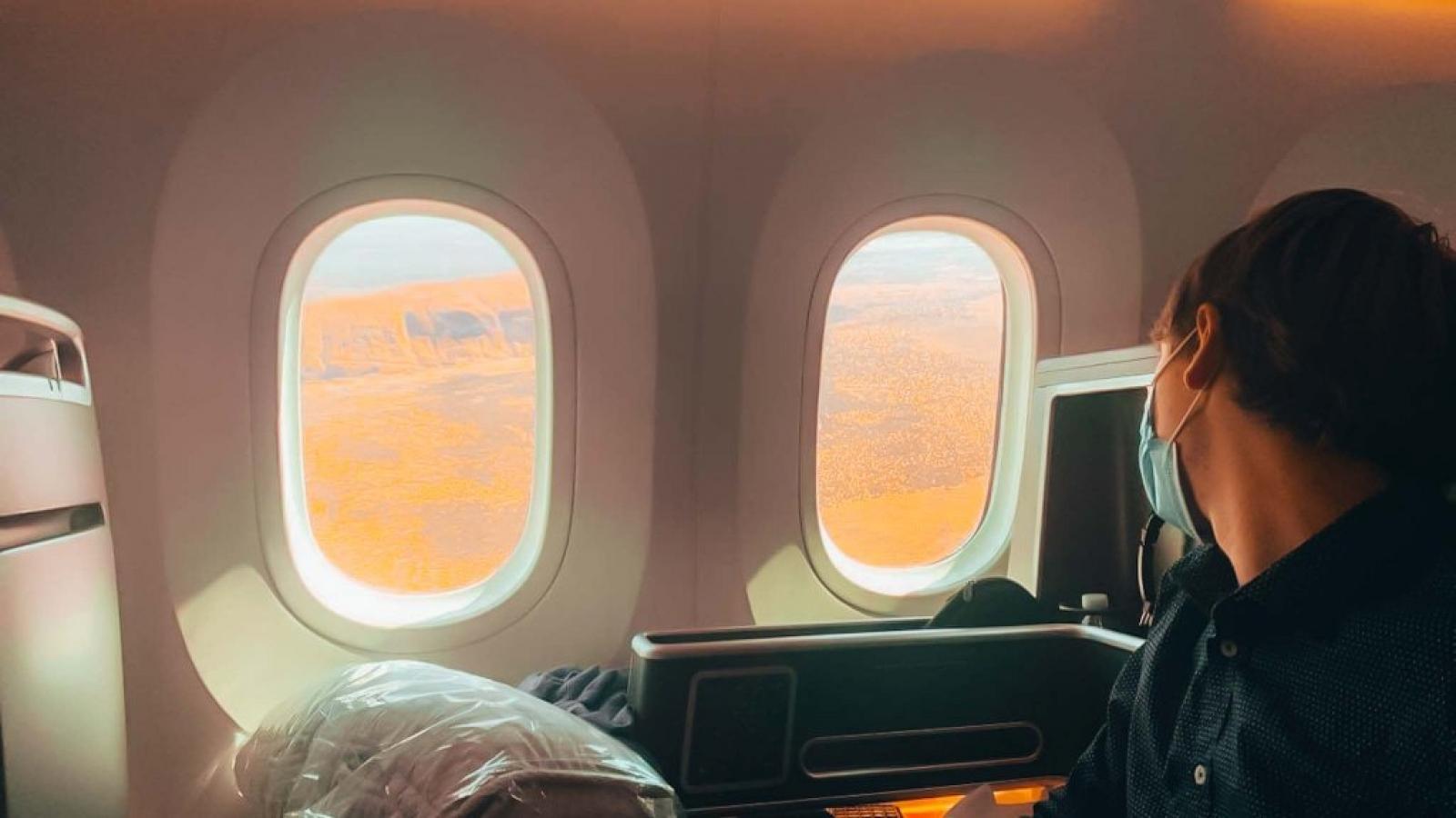 Du lịch thời Covid: dùng Boeing 787 chở khách đi ngắm cảnh