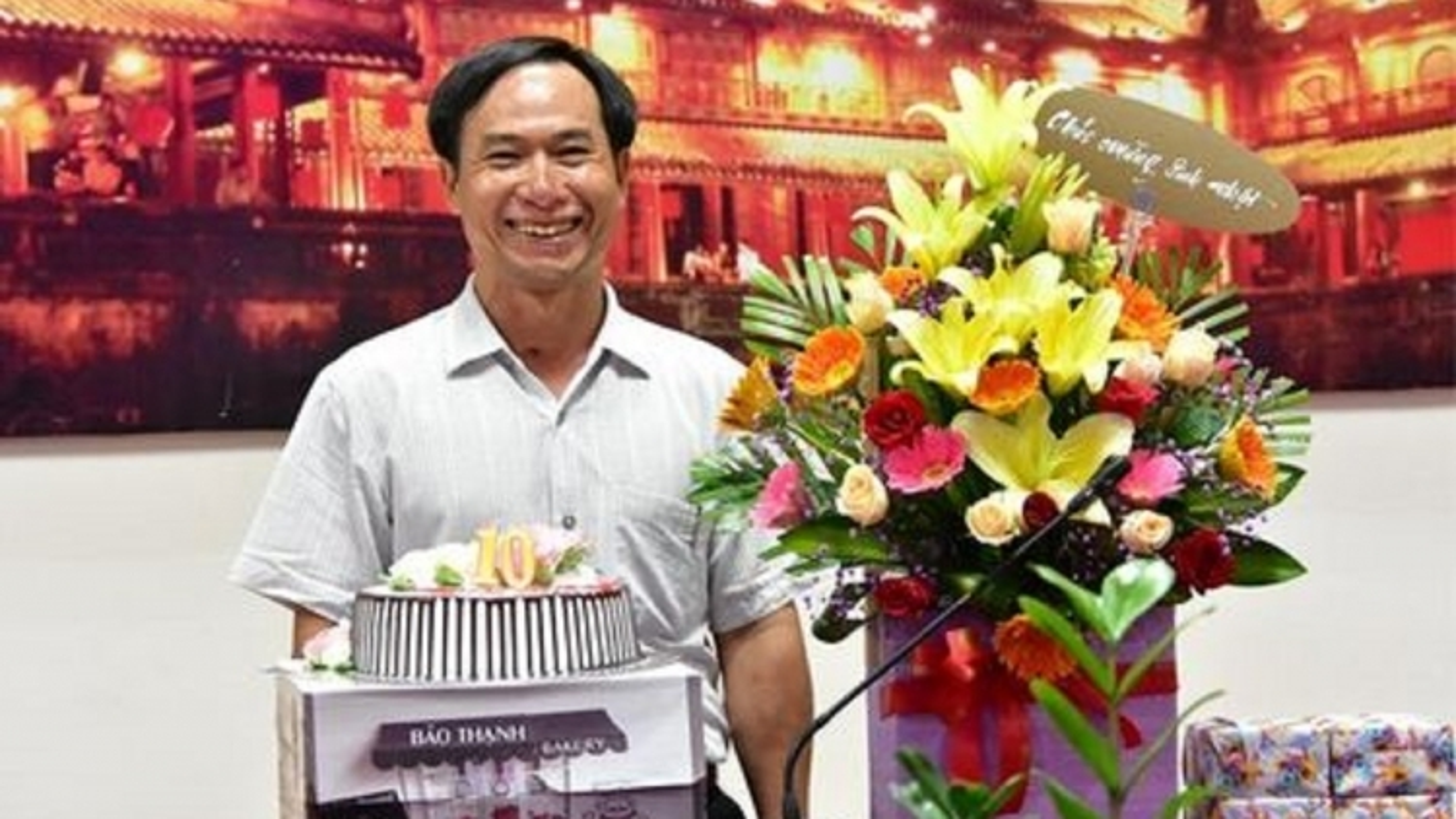 Tấm thiệp sinh nhật cuối cùng lặng lẽ tiễn đưa liệt sĩ, nhà báo Phạm Văn Hướng