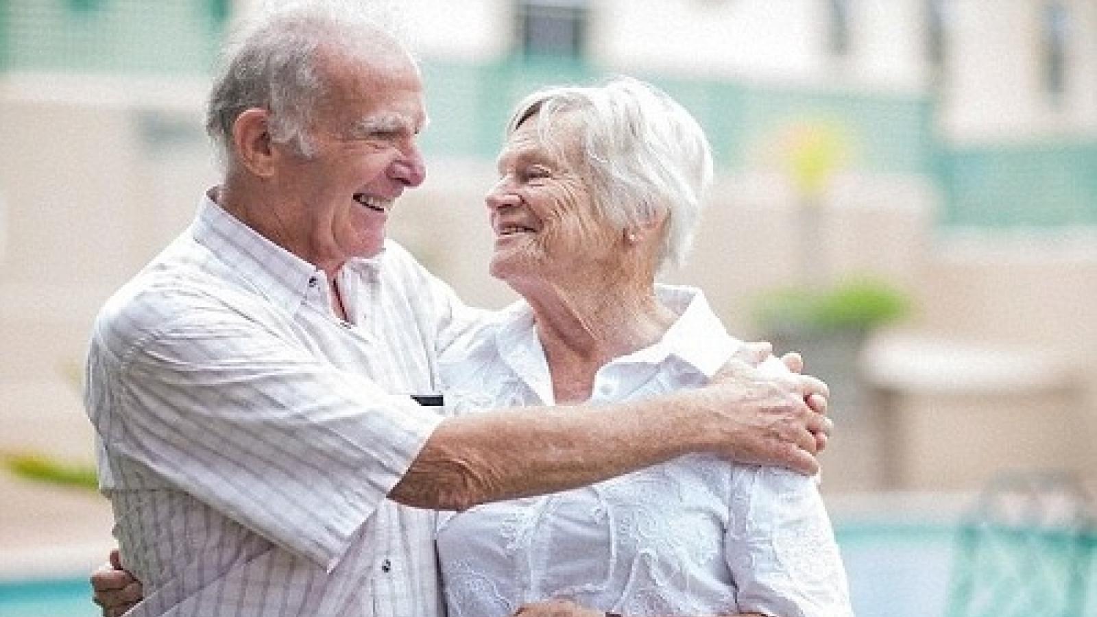 Bí quyết sống lâu 100 tuổi của những người lớn tuổi trên thế giới