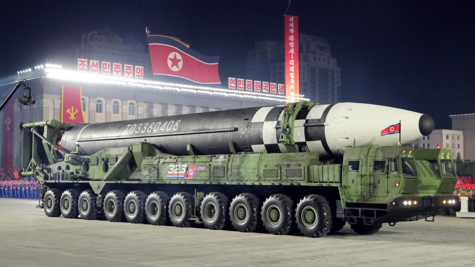 Thứ nguy hiểm hơn cả tên lửa đạn đạo liên lục địa Triều Tiên vừa ra mắt