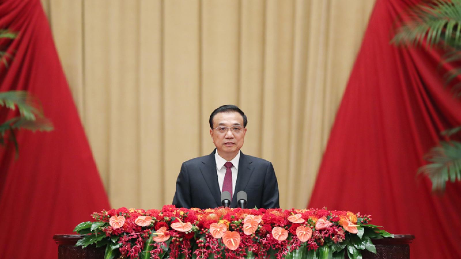 Thủ tướng Trung Quốc khẳng định sẽ nỗ lực hoàn thành các mục tiêu bất chấp đại dịch