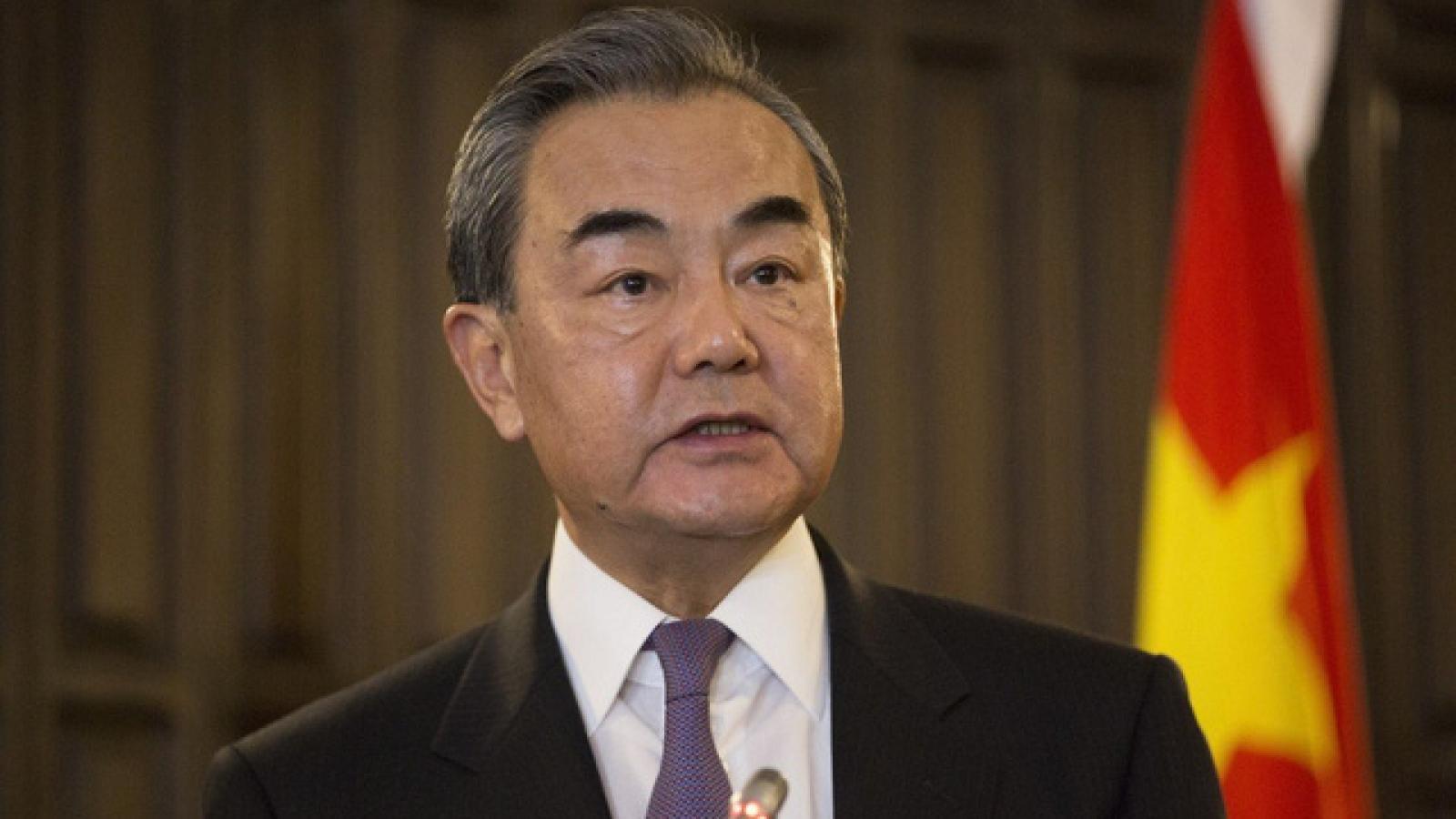 Ông Vương Nghị gặp Đặc phái viên Tổng thống Indonesia trước khi thăm 5 nước Đông Nam Á