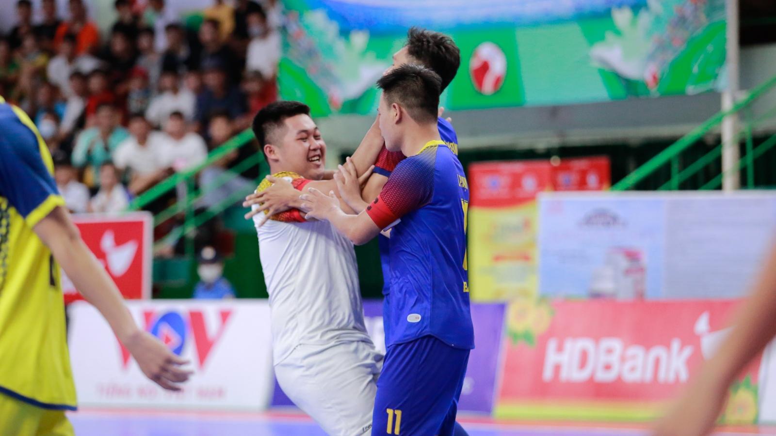 Futsal HDBank VĐQG 2020: Phản công sắc bén, Quảng Nam hạ gục Cao Bằng
