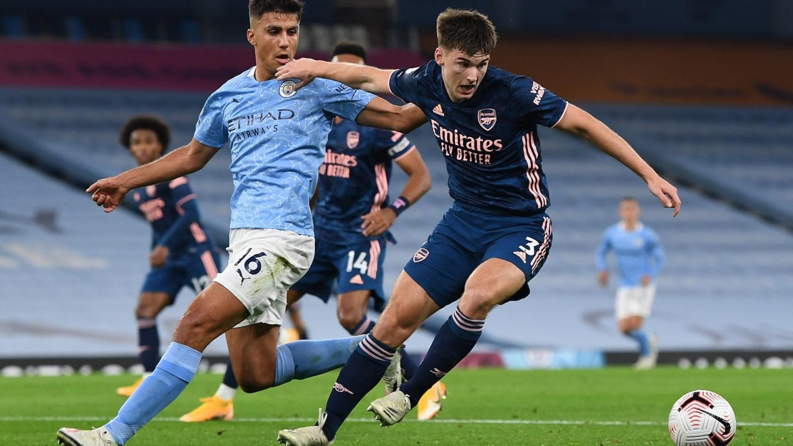 Sterling lập công, Man City nhọc nhằn đả bại Arsenal tại Etihad