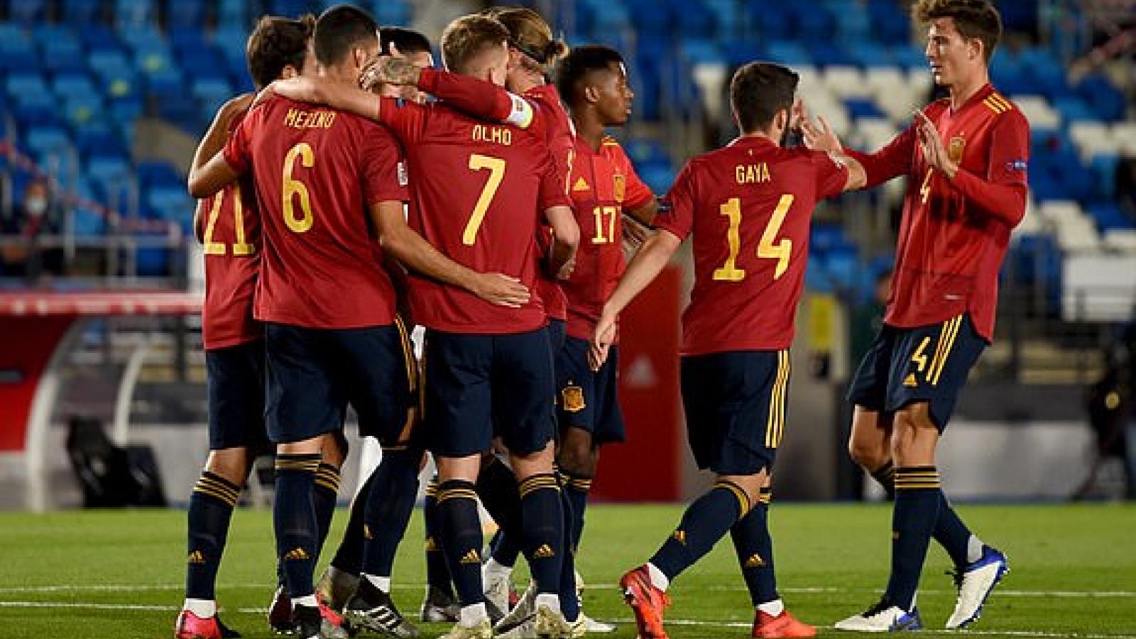 Giành thắng lợi tối thiểu trước Thụy Sĩ, Tây Ban Nha củng cố ngôi đầu bảng A4