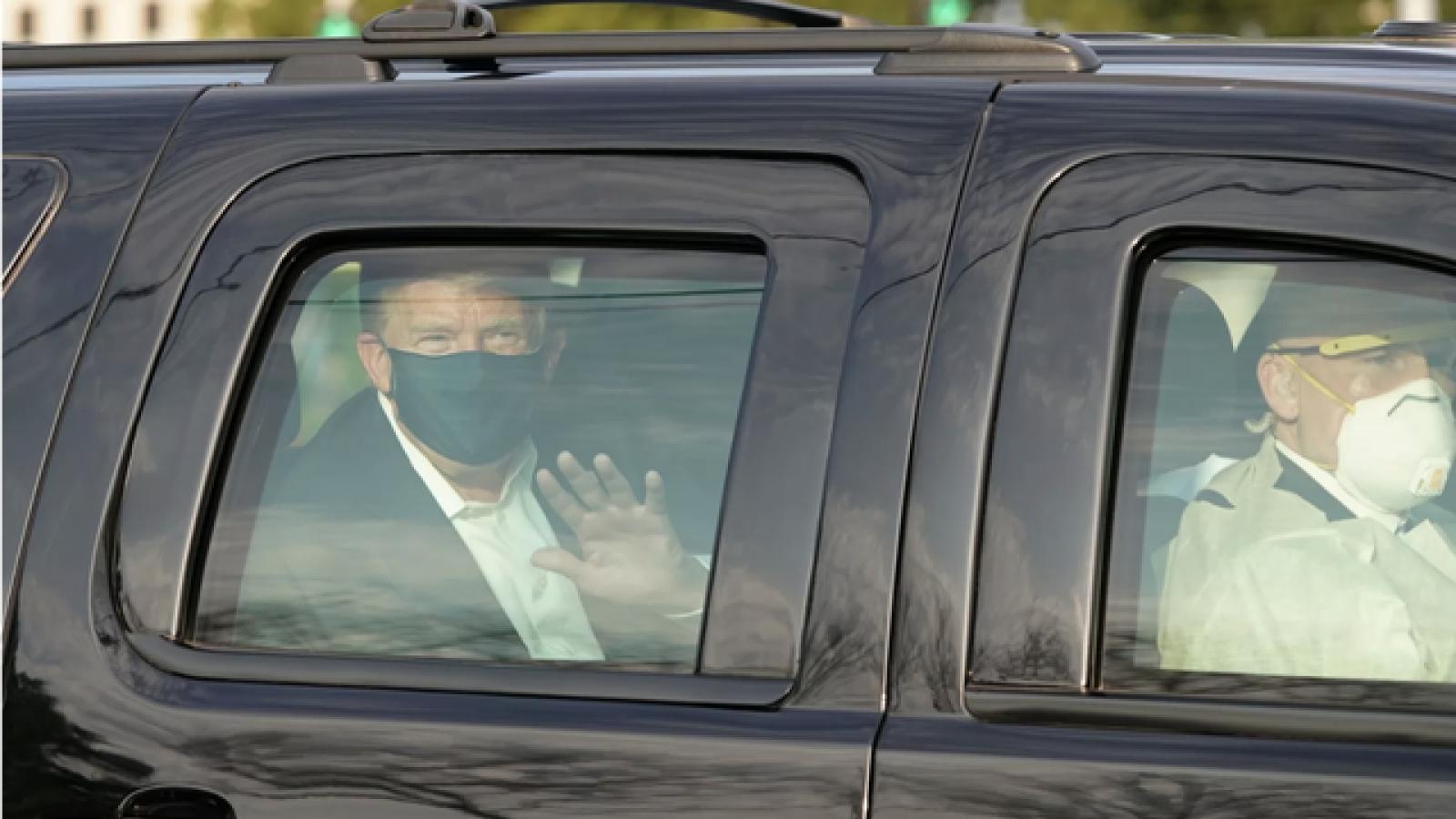 Chiếc xe bọc thép chở ông Trump khi mắc Covid-19 có an toàn hơn xe thường?