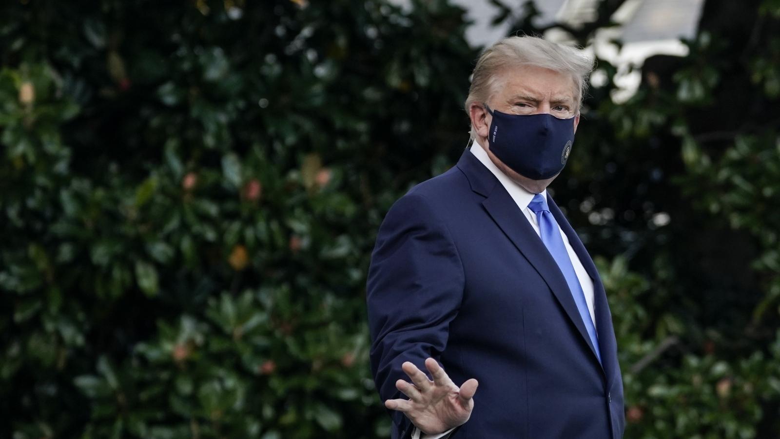 Ông Trump mắc Covid-19: Chiến dịch tái tranh cử bỏ lỡ thời điểm vàng tháng 10?