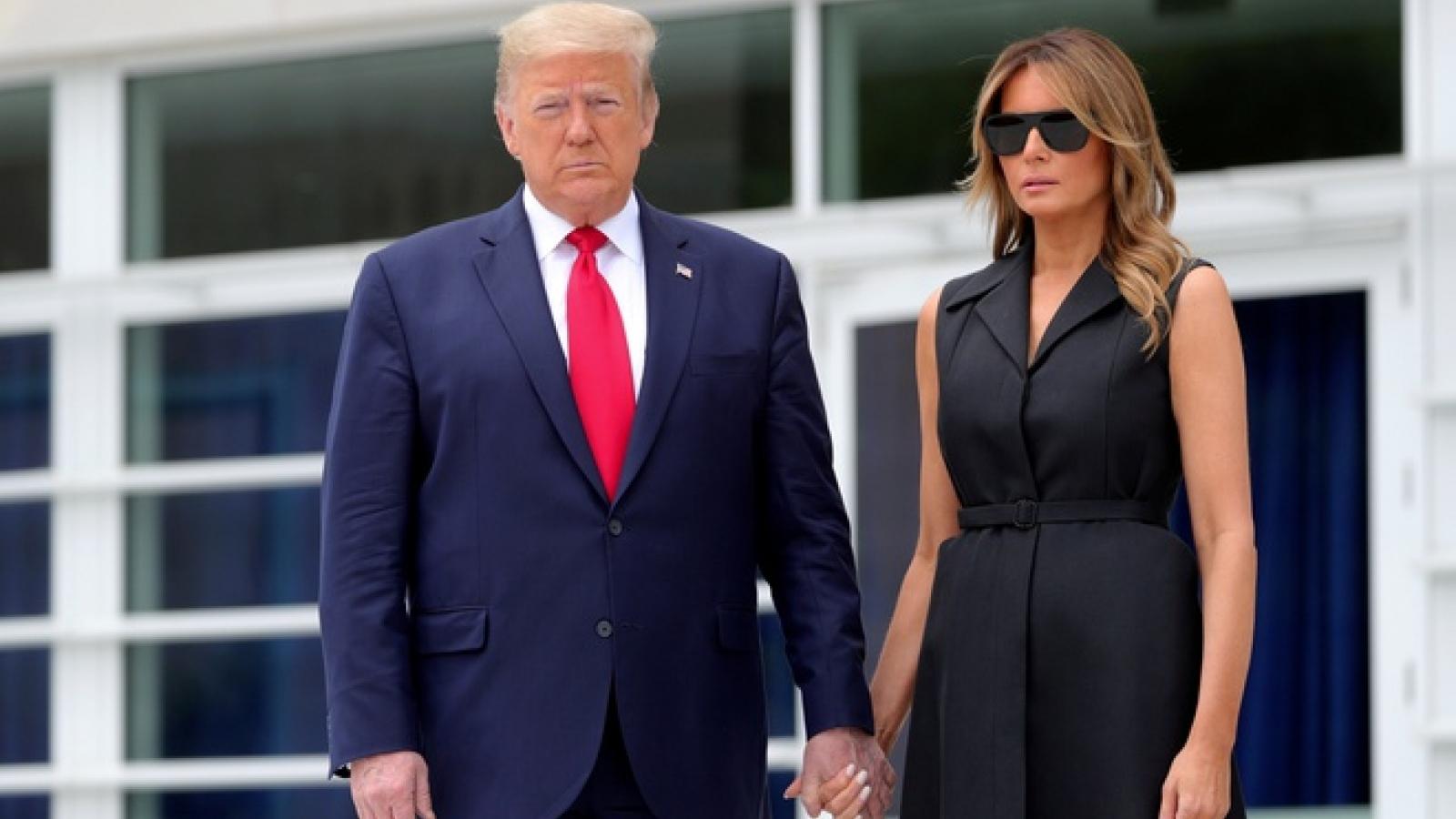 Tổng thống Trump và vợ thuộc nhóm rủi ro cao với Covid-19