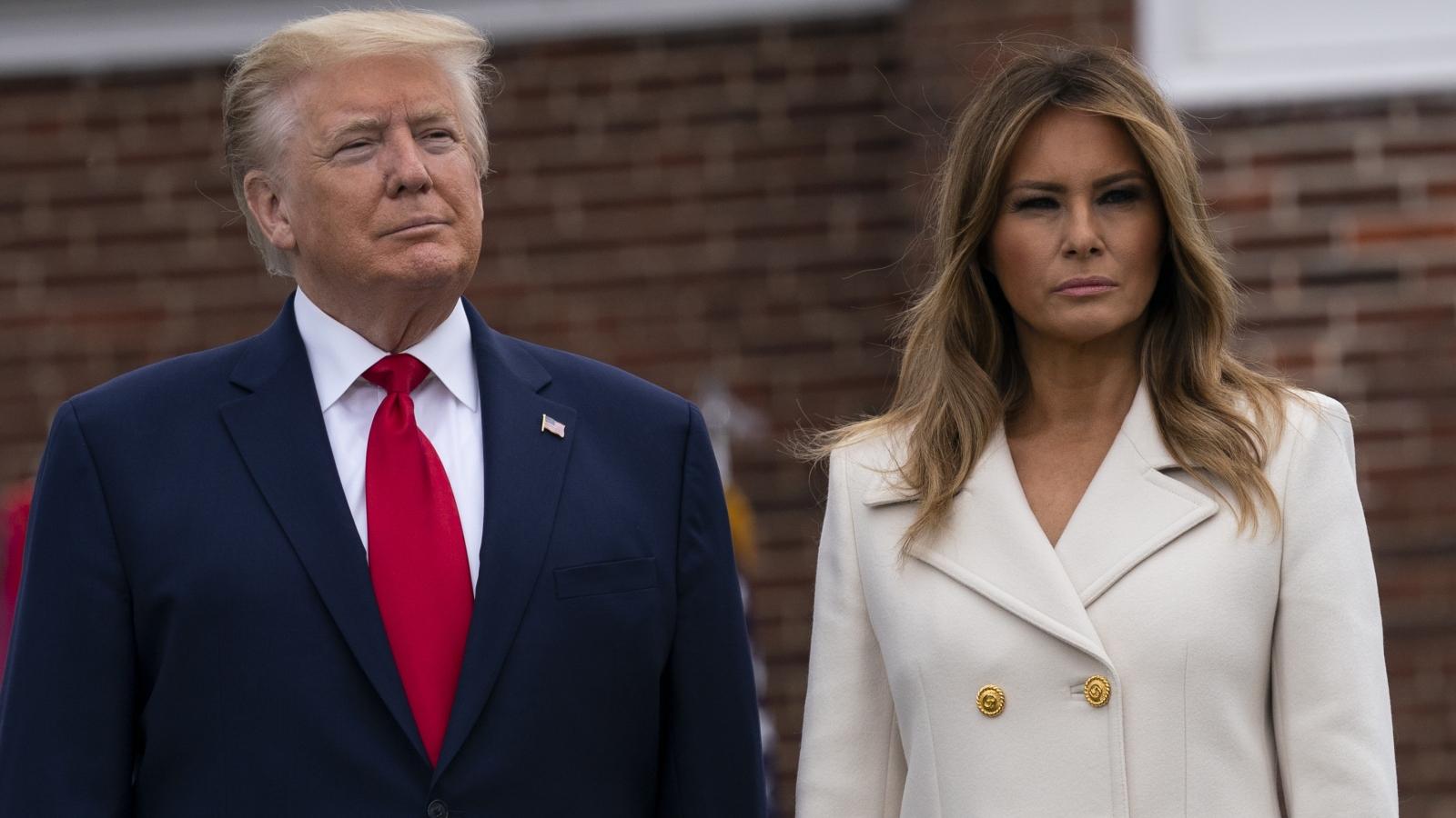Bà Melania không dự vận động tranh cử của ông Trump vì còn triệu chứng Covid-19