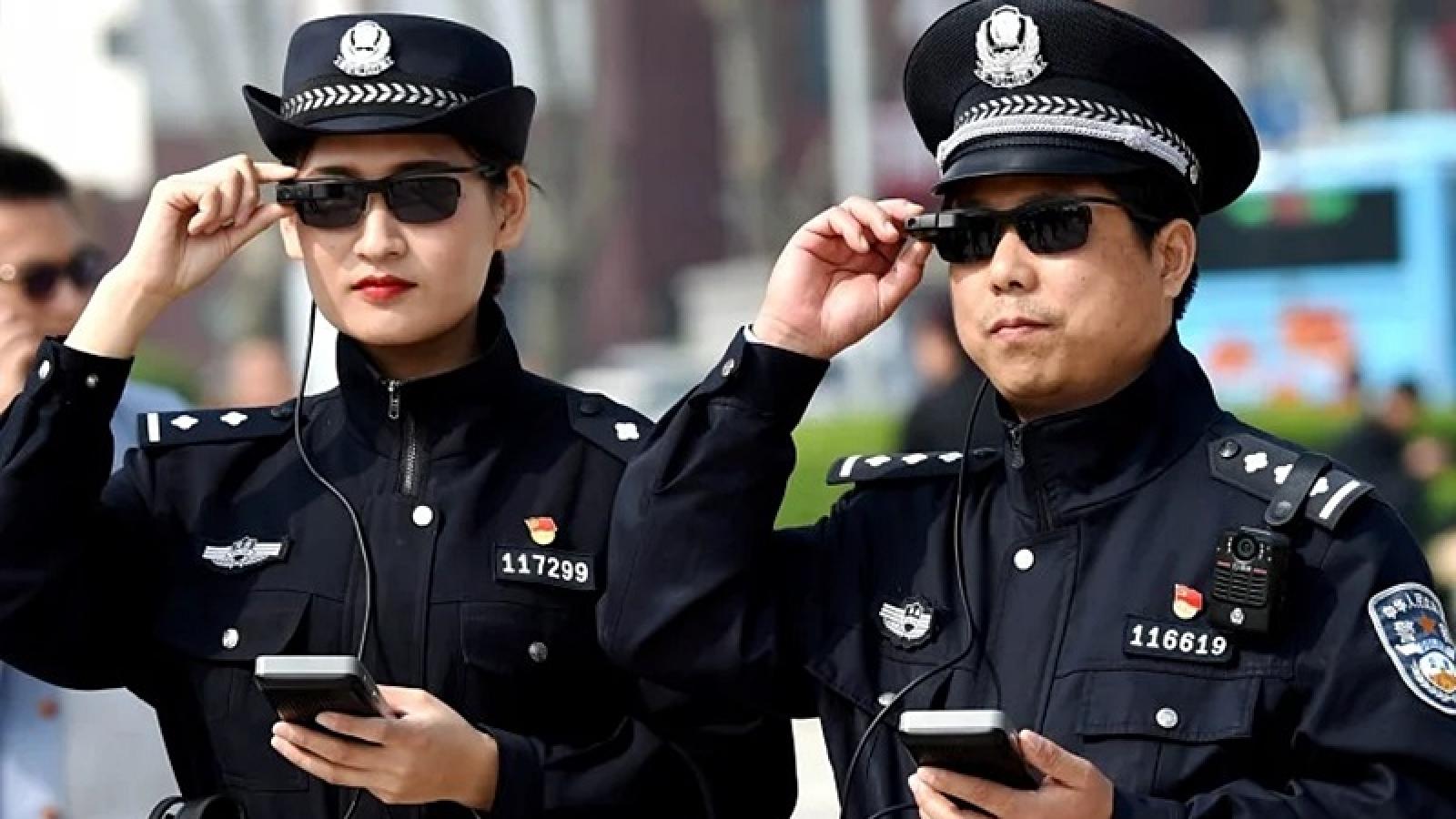 Trung Quốc dọa bắt giữ công dân Mỹ để trả đũa