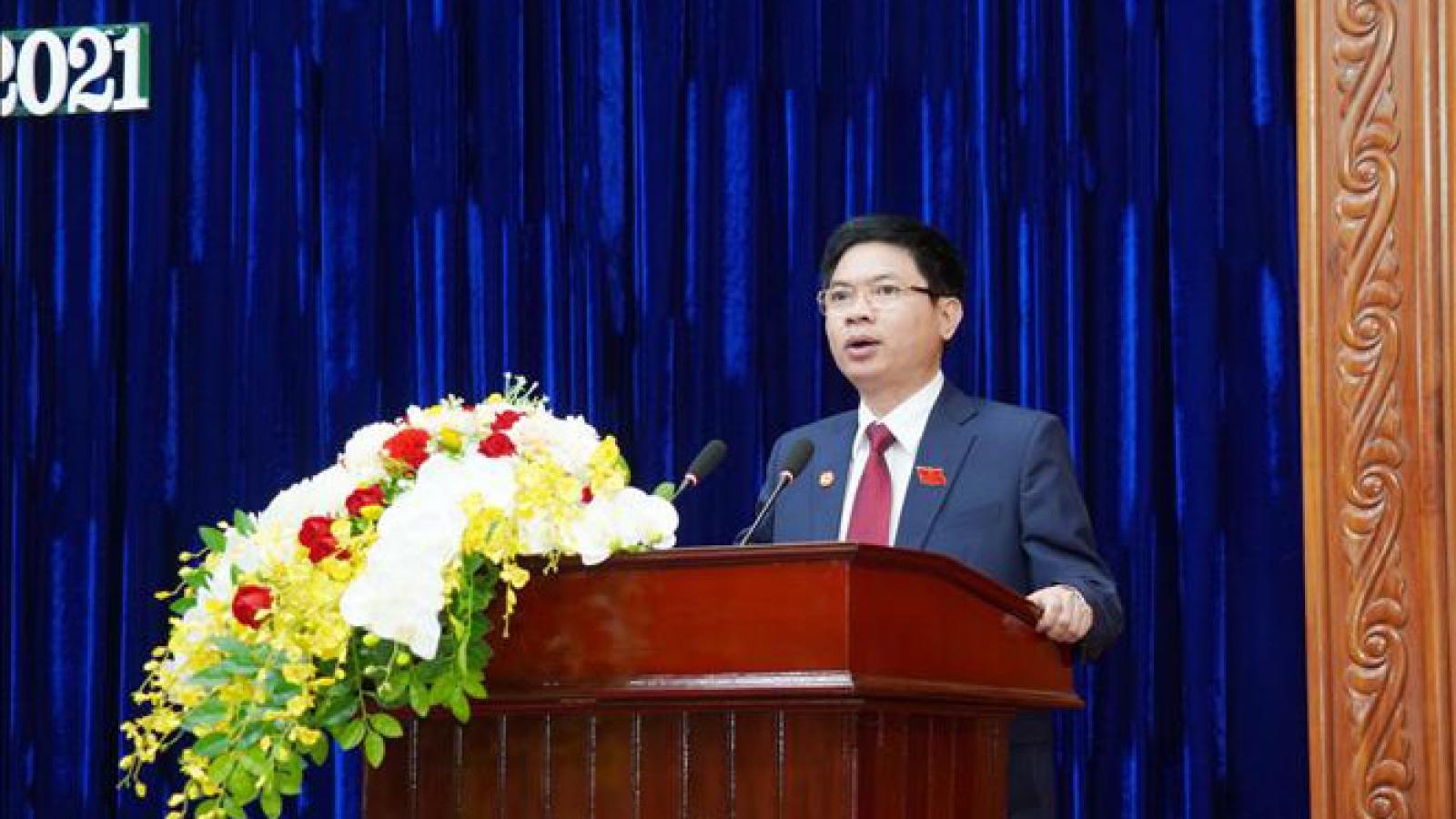 Tân Chủ tịch UBND tỉnh Hà Nam Trương Quốc Huy trưởng thành từ doanh nghiệp