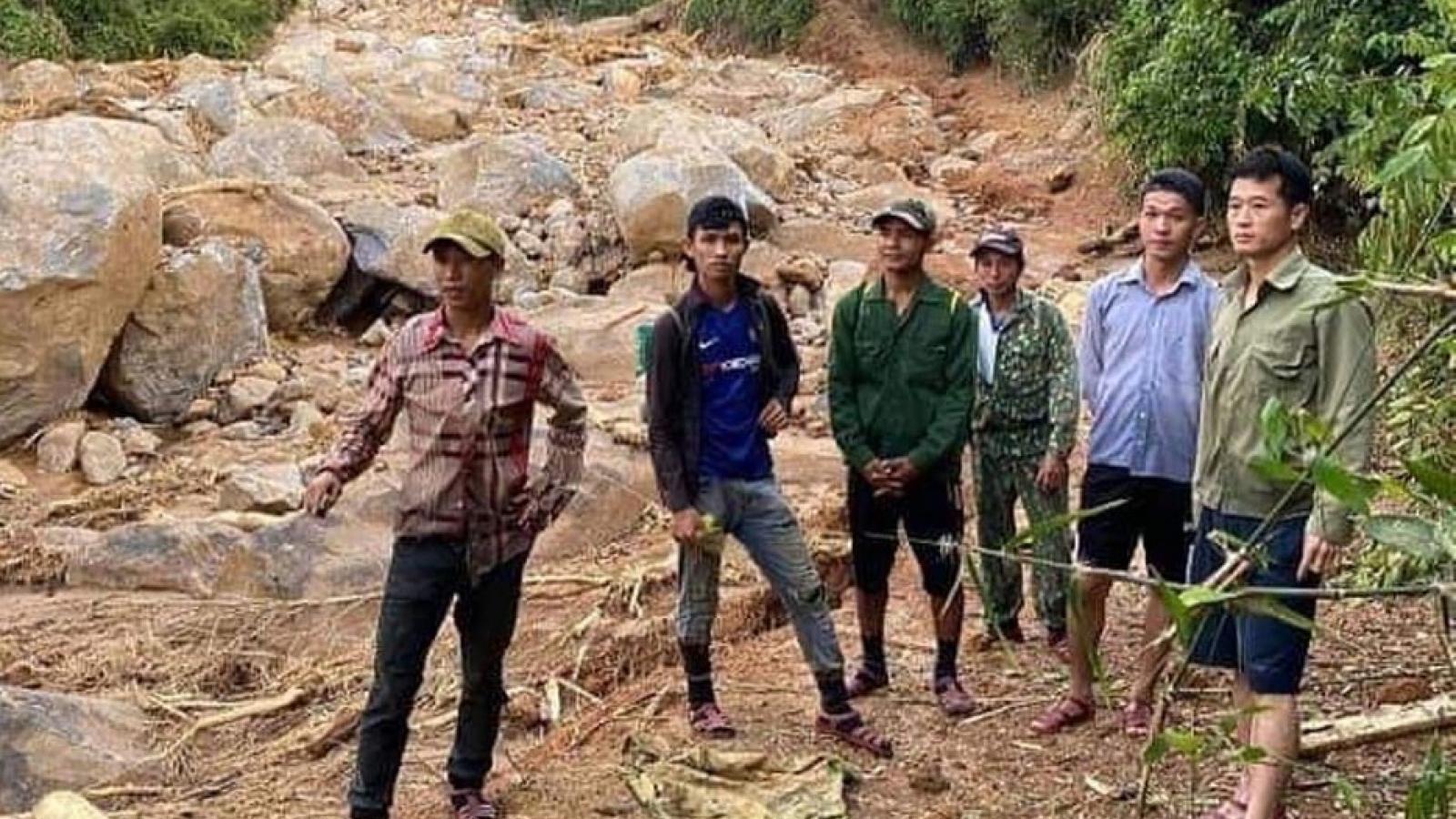 Đã tìm thấy 4 thi thể bị vùi lấp do sạt lở núi ở Quảng Bình