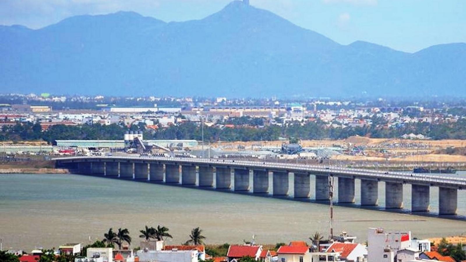 Nam Phú Yên cần liên kết vùng và thu hút các dự án đột phá