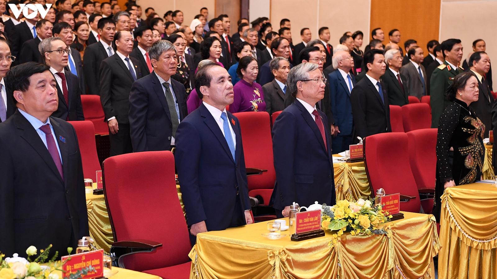 Thường trực Ban Bí thư Trần Quốc Vượng dự và chỉ đạo Đại hội Đảng bộ tỉnh Tuyên Quang