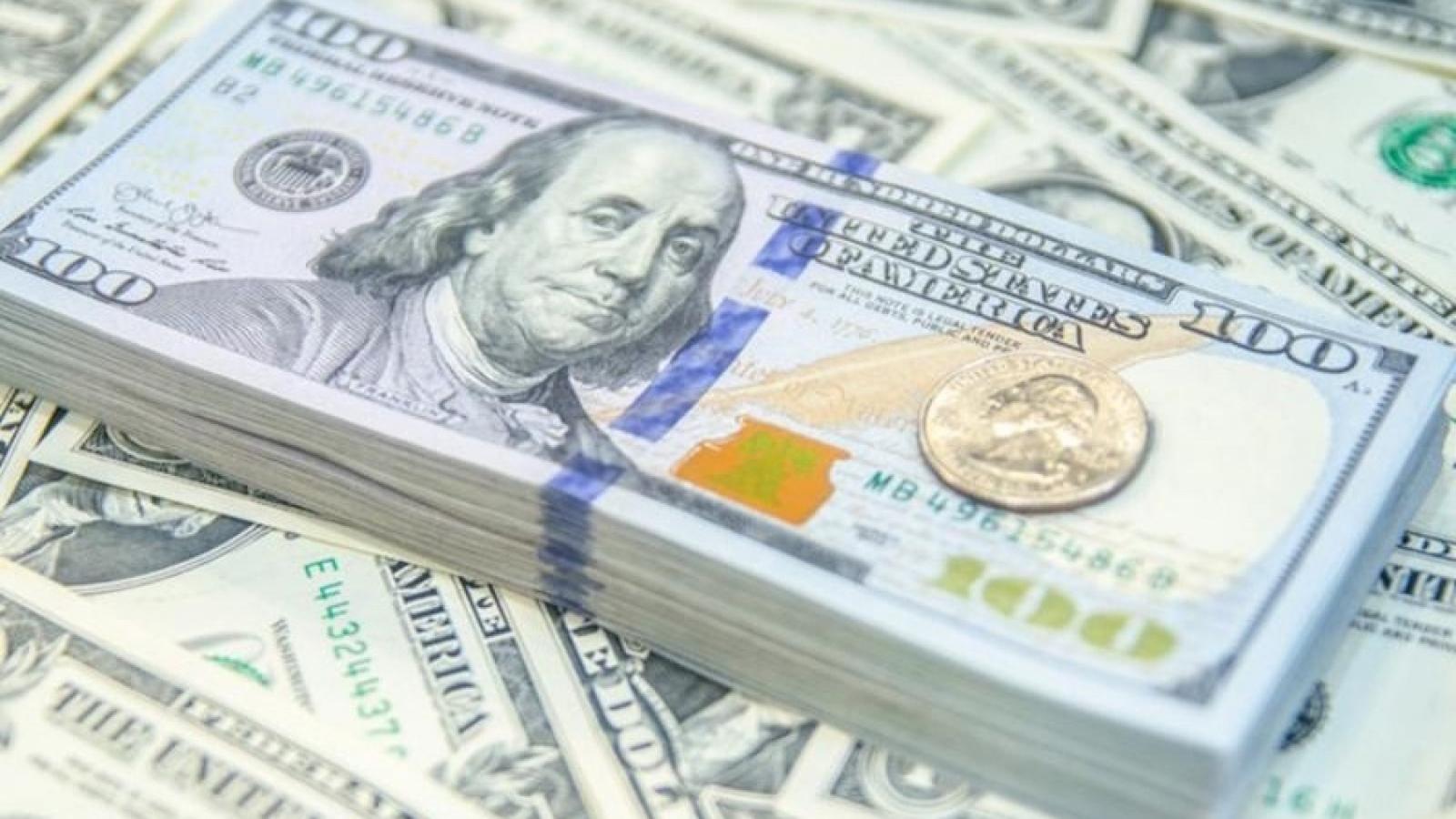 Giá USD tại các ngân hàng thương mại giảm