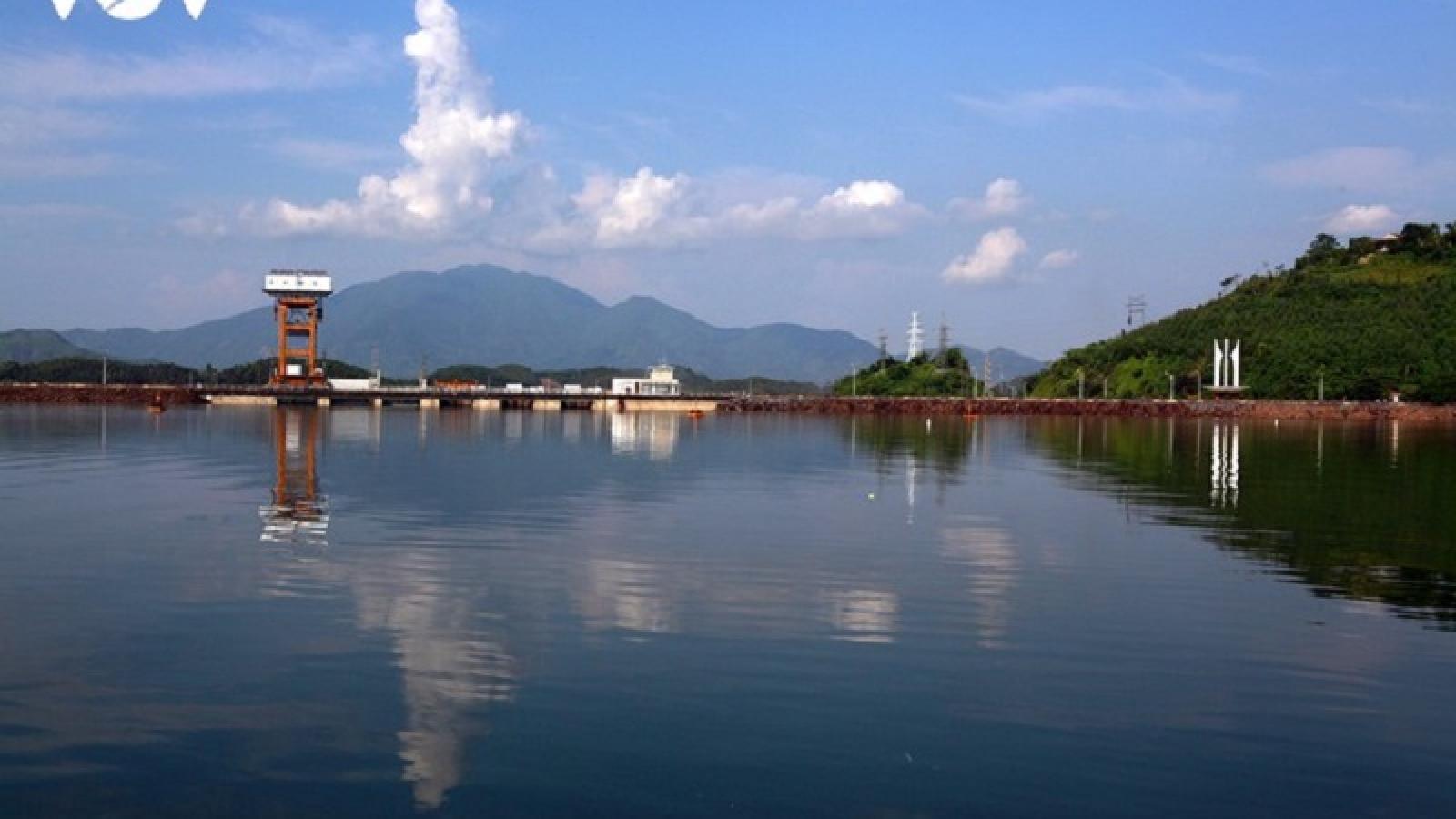 Các hồ chứa nước ở miền Bắc, Bắc và Trung trung bộ cơ bản đã đầy nước